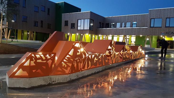 Kunstverk utenfor Kongsvinger ungdomsskole