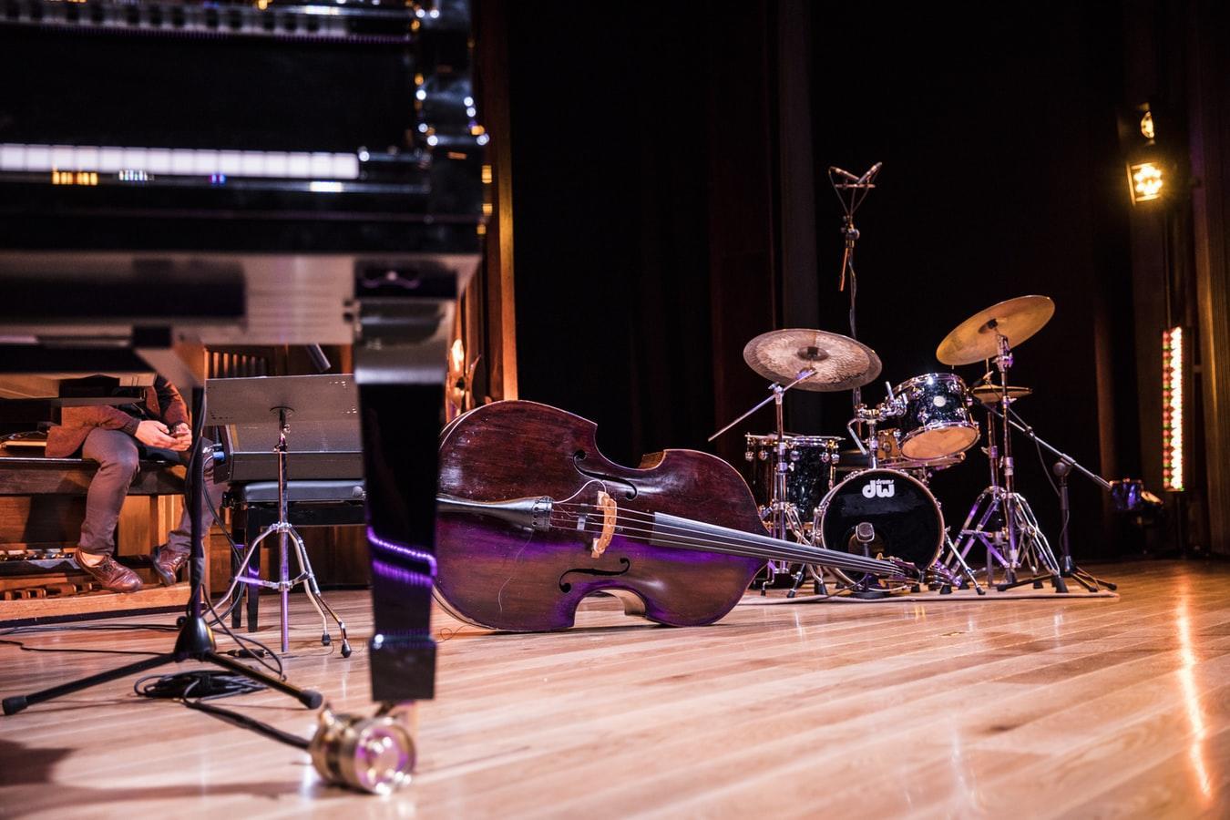 viser bilde av instrumenter