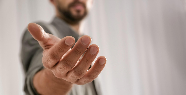 Hjelpende hånd